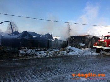 Под Нижним Тагилом сгорел дом бывшего члена правительства области. В огне погибла женщина