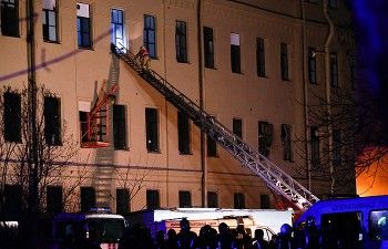 ВПетербурге вздании университета ИТМО обрушились перекрытия, МЧС эвакуировало более 80 человек