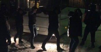 В Екатеринбурге в ходе облавы в ресторанах силовики задержали 80 иностранцев