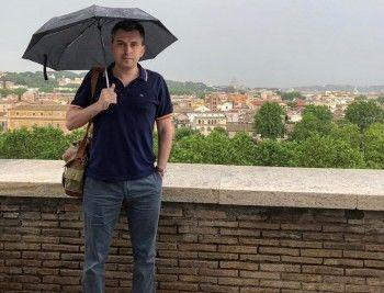 «Я сам живу в хрущёвке»: чиновник «Роскосмоса» извинился за комментарий, в котором назвал жителей хрущёвок «скотобазой»