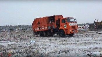 Из-за сломанных весов мусоровозы «Тагилспецтранса» ездят на полигон «Рогожино» без взвешивания