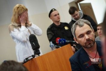Мать убитой фотографом Лошагиным модели хочет отсудить у него лофт и семь миллионов
