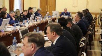 На совещании в Нижнем Тагиле замгенпрокурора Чайки раскритиковал ход мусорной реформы в Свердловской области