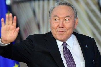 Нурсултан Назарбаев ушёл в отставку