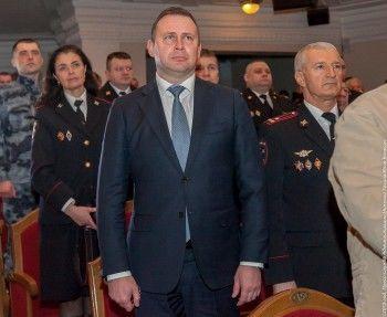 Мэр Нижнего Тагила Владислав Пинаев потребовал взять шефство над молодогвардейцами, которые назвали ветеранов Великой Отечественной оккупантами