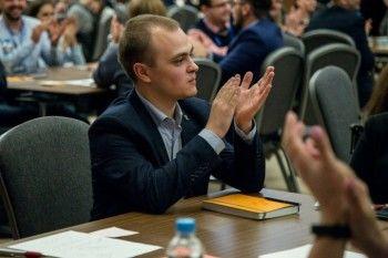 Экс-глава отделения «Молодой гвардии» в Усть-Илимске назвал жителей «стадом» и «дебилами»