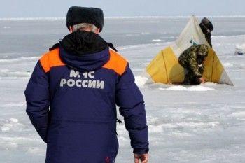 Сотрудников МЧС заставят разрушать лёд у берегов для безопасности рыбаков