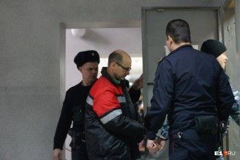 ВЕкатеринбурге суд продлил арест водителю Honda, сбившему людей натротуаре на Фурманова
