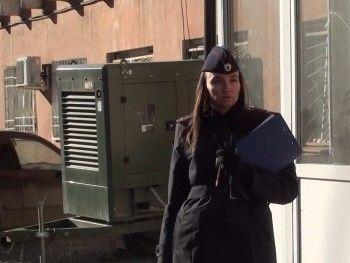 «Приходилось даже порчу снимать». Сотрудники полиции Нижнего Тагила провели рейд по «нехорошим» квартирам