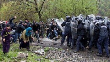 В Грузии жители Панкисского ущелья напали наполицейских из-за строительстваГЭС (ВИДЕО)