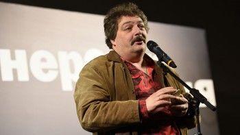 Дмитрий Быков назвал причиной своей госпитализации отравление