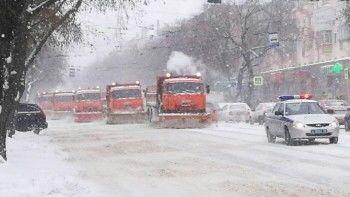 Евгений Куйвашев попросил водителей налетней резине невыезжать надороги