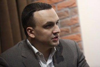 Свердловский депутат Госдумы Дмитрий Ионин стал фигурантом уголовного дела после стрельбы из автомата на улице