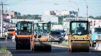 Российским дорожникам официально разрешат укладывать асфальт в непогоду