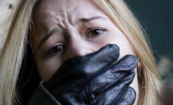 В Нижнем Тагиле маньяк напал на женщину в подъезде