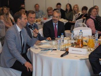 В Нижнем Тагиле День предпринимательства отметили подписанием ключевых соглашений и налаживанием диалога власти с бизнесом