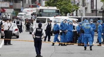 В Японии неизвестный напал с ножом на школьников, есть жертвы