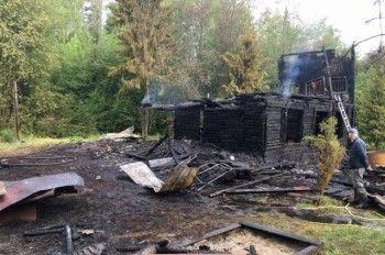 Под Нижним Тагилом в пожаре погибла семья с 4-летним ребёнком