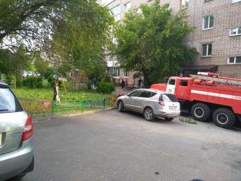 В центре Нижнего Тагила сгорела квартира. Находившийся внутри ребенок не пострадал