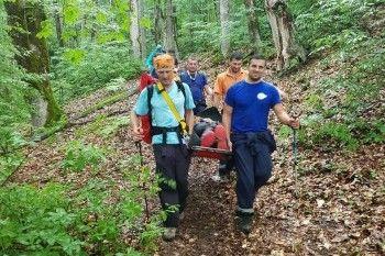 Пенсионерка из Нижнего Тагила сломала ногу во время турпохода в горах Сочи