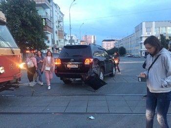 Консул Болгарии вЕкатеринбурге попал вДТП страмваем