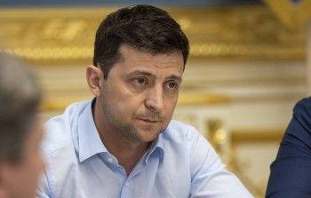 Зеленский предложил Путину провести переговоры поурегулированию конфликта вДонбассе