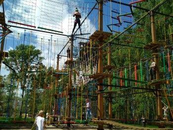 В Нижнем Тагиле начали строить верёвочный парк высотой 9 метров