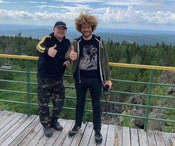 Известный блогер-урбанист Илья Варламов прогулялся по туркластеру «Гора Белая» под Нижним Тагилом