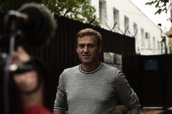 Навальный вышел на свободу после десяти суток ареста