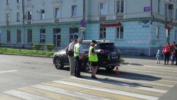В Нижнем Тагиле иномарка сбила девочку-подростка на пешеходном переходе
