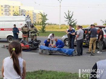 На Уральском проспекте в Нижнем Тагиле мотоцикл BMW на полном ходу врезался в Nissan (ВИДЕО, ФОТО)