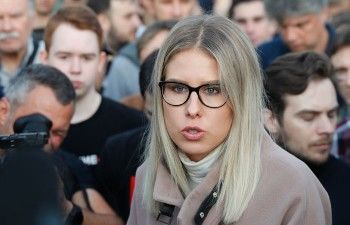 После отклонения Мосгоризбиркомом жалобы Любовь Соболь объявила о продолжении голодовки вздании избиркома