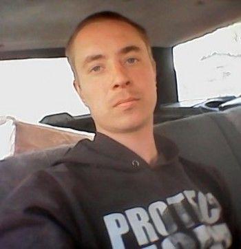«Ушёл в магазин и не вернулся». В Нижнем Тагиле полиция и волонтёры разыскивают 27-летнего мужчину, который пропал 9 дней назад