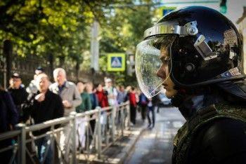 ЕСПЧ зарегистрировал первую жалобу на арест во время акции в защиту сквера в Екатеринбурге