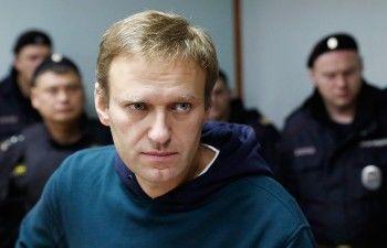 Навального выписали из больницы и отправили в спецприёмник
