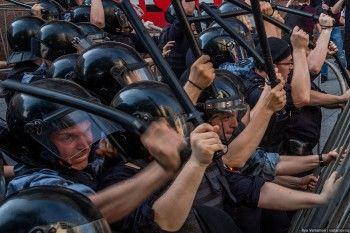 Следственный комитет возбудил дело о массовых беспорядках после митинга 27 июля