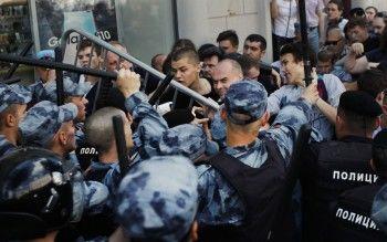 Сотрудников полиции не поощрили зажёсткий разгон митинга 27июля вМоскве