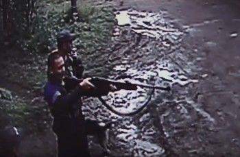Полиция Нижнего Тагила возбудила ещё одно уголовное дело на мужчину, который выстрелил в голову ребёнку. СМИ опубликовали видео с места событий