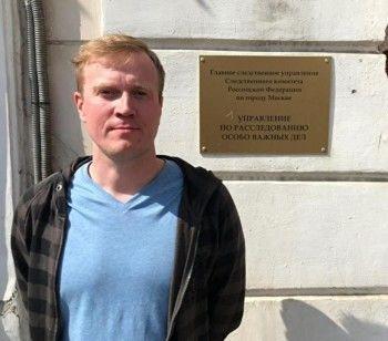 Волонтёра Соболь, добровольно пришедшего в полицию, обвинят в организации «беспорядков»