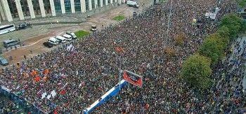 Акция за честные выборы на проспекте Сахарова собрала почти 50 тысяч человек