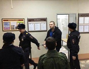 Арестованного телеграм-блогера Устинова отправили в Москву