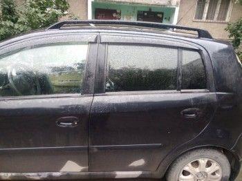 В Нижнем Тагиле автохам расстрелял автомобиль, не уступивший ему дорогу