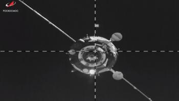 «Союз» с роботом Фёдором со второй попытки пристыковался к МКС (ВИДЕО)