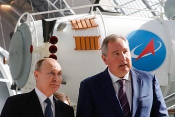 Путин поручил уменьшить себестоимость продукции Роскосмоса без ущерба для качества