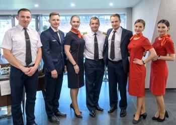 Героическому экипажу лайнера «Уральских авиалиний» вручили ключи от новых квартир в Екатеринбурге