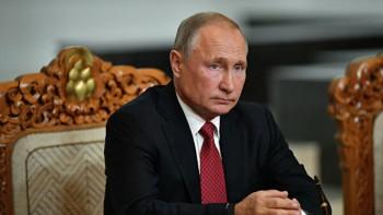 Путин призвал страны НАТО ввести мораторий наразвёртывание ракет средней именьшей дальности