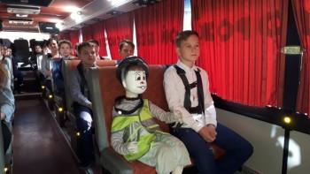 «Каждый мог почувствовать, что происходит в момент столкновения». Школьники Нижнего Тагила протестировали единственный в России автобус-тренажёр