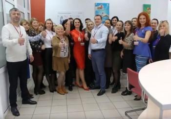 Команда «Этажей» поддержала «Добрый челлендж» агентства новостей «Между строк» для помощи тяжелобольным детям (ВИДЕО)