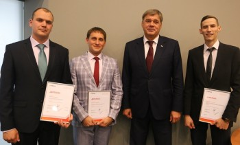 На уральских предприятиях ЕВРАЗа выбрали лучших молодых руководителей