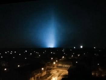 Жители Нижнего Тагила обсуждают в соцсетях вспышки в ночном небе (ВИДЕО)